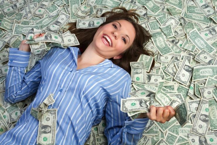 Почему нельзя хранить деньги в спальне, вещах, конверте? Где нужно хранить деньги дома, чтобы они водились: приметы, Фэн-Шуй — Женские советы